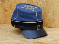 CS Kepi skyblue, dunkelblaues Band, Lieutenant, Lederschirm